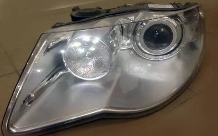 Фару Volkswagen Touareg 2007-2010 рестайлинг за 55 000 тг. в Алматы