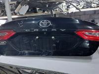 Крышка багажника Toyota Camry 70 за 250 000 тг. в Шымкент