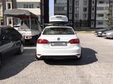 Volkswagen Jetta 2014 года за 5 900 000 тг. в Алматы – фото 3