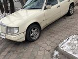 Mercedes-Benz E 300 1992 года за 1 500 000 тг. в Алматы – фото 3