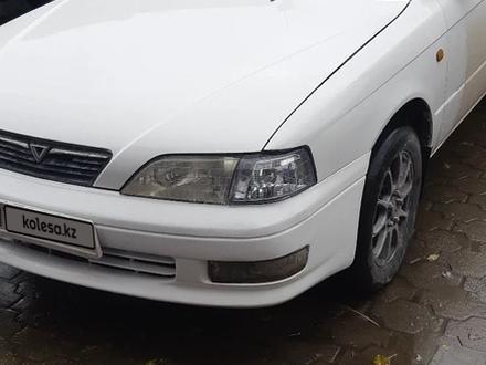 Toyota Vista 1995 года за 1 800 000 тг. в Семей – фото 2