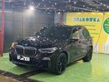 BMW X5 2020 года за 54 000 000 тг. в Уральск – фото 2