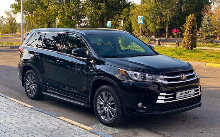 Toyota Highlander 2014 года за 17 600 000 тг. в Алматы