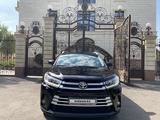 Toyota Highlander 2014 года за 17 600 000 тг. в Алматы – фото 2