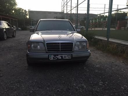 Mercedes-Benz E 280 1993 года за 2 350 000 тг. в Туркестан – фото 2