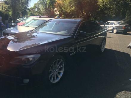 BMW 740 2010 года за 9 999 999 тг. в Алматы