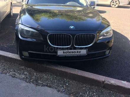 BMW 740 2010 года за 9 999 999 тг. в Алматы – фото 2