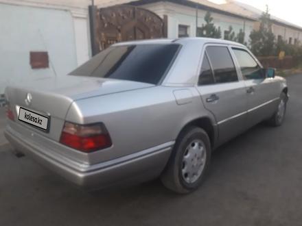 Mercedes-Benz E 220 1994 года за 2 000 000 тг. в Туркестан – фото 4