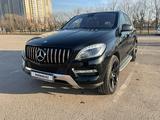 Mercedes-Benz ML 400 2013 года за 14 500 000 тг. в Нур-Султан (Астана)