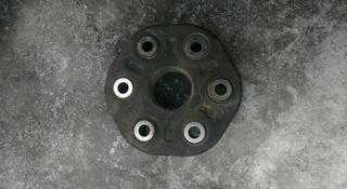 Эластичная муфта на кардане с редуктором Лексус ЖС 300 за 222 тг. в Алматы