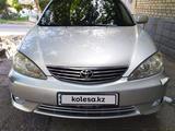 Toyota Camry 2005 года за 5 150 000 тг. в Шымкент – фото 3