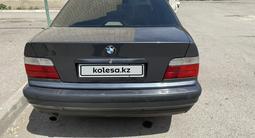 BMW 320 1997 года за 2 350 000 тг. в Караганда – фото 2