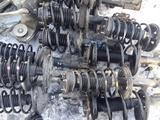 Стойка амортизатор передний задний в сборе Toyota Camry 30 за 22 000 тг. в Семей