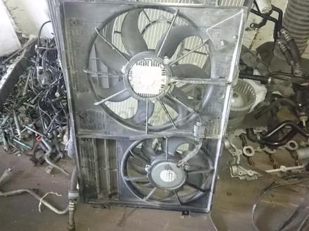 Вентиляторы радиатора на все модели Фольксваген (2005-2015 г) за 55 000 тг. в Алматы – фото 2