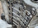Блок цилиндров на БМВ Х5 Е53 М54 3.0 за 30 000 тг. в Алматы