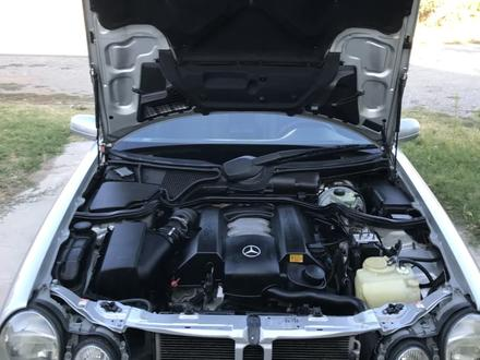 Mercedes-Benz E 320 2000 года за 4 500 000 тг. в Шымкент – фото 14