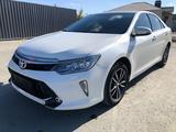Toyota Camry 2018 года за 9 500 000 тг. в Актобе