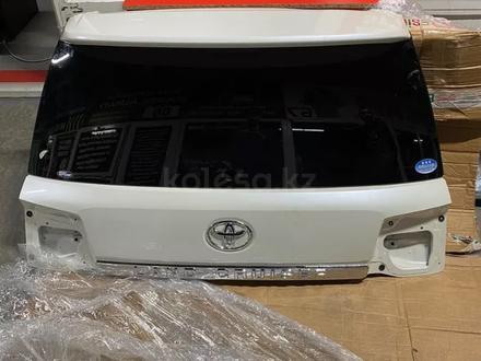 Крышка багажника в сборе Land Cruiser 200 2016 + за 500 000 тг. в Алматы – фото 2