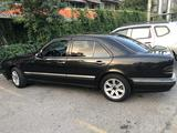 Mercedes-Benz E 320 2001 года за 3 400 000 тг. в Шымкент – фото 2
