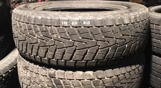 Резина зимняя пара R18 245/60 Bridgestone за 36 000 тг. в Алматы