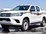 Toyota Hilux 2020 года за 13 950 000 тг. в Актау