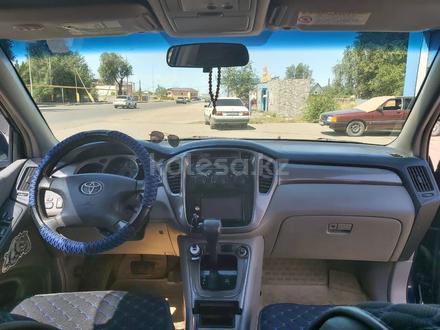 Toyota Highlander 2003 года за 5 500 000 тг. в Шу – фото 3