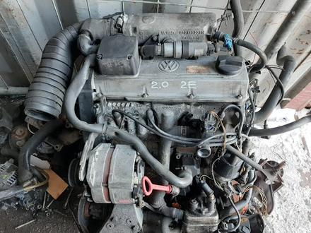 Контрактный двигатель 2e Volkswagen Passat b3 b4 2.0 инжектор за 180 000 тг. в Семей