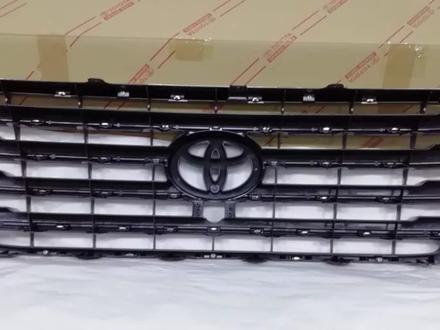 LC200 Рестайлинг 2016-Решетка радиатора (под камеру) за 75 600 тг. в Алматы – фото 2