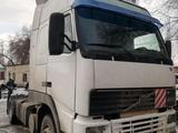 Volvo  Fh12 420 2000 года за 11 000 000 тг. в Жаркент – фото 2