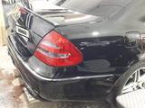 Mercedes-Benz E 320 2004 года за 5 000 000 тг. в Семей – фото 4
