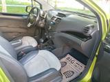 Chevrolet Spark 2010 года за 3 330 000 тг. в Шымкент – фото 5