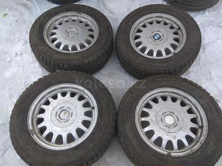 Оригинальные легкосплавные диски R16 на BMW E38 (Япония 5*120 ЦО72 за 170 000 тг. в Нур-Султан (Астана) – фото 11