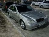 Mercedes-Benz C 200 2003 года за 3 200 000 тг. в Актау – фото 3
