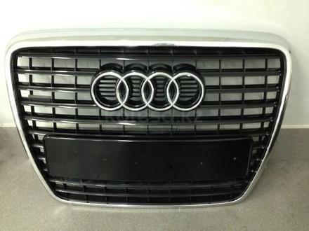 Решетка радиатора для Audi A6 C6 2005-2011 за 65 000 тг. в Алматы