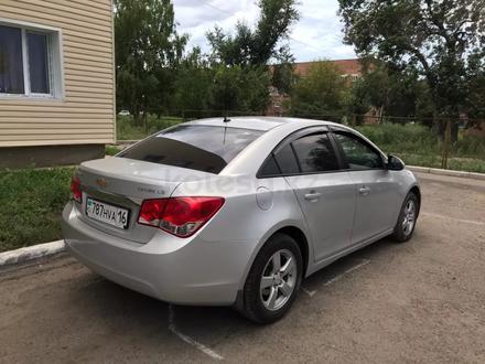 Chevrolet Cruze 2012 года за 3 000 000 тг. в Усть-Каменогорск – фото 2