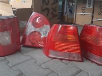 Задние стопы на Volkswagen Passat B5 за 15 000 тг. в Алматы