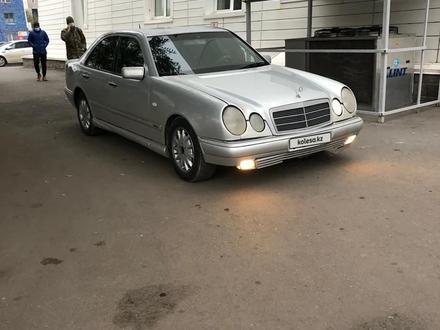 Mercedes-Benz E 240 1999 года за 1 550 000 тг. в Нур-Султан (Астана)