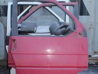 Передняя дверь на VW t4 за 18 000 тг. в Караганда