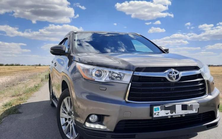 Toyota Highlander 2014 года за 14 999 000 тг. в Уральск