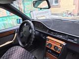 Mercedes-Benz E 220 1993 года за 1 500 000 тг. в Алматы – фото 4