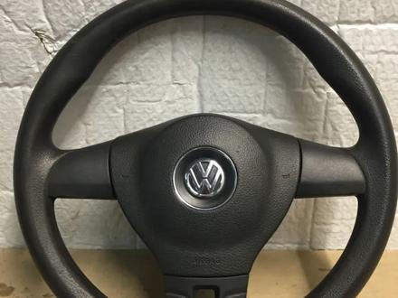 Руль на Volkswagen Transporter T5 за 50 000 тг. в Алматы
