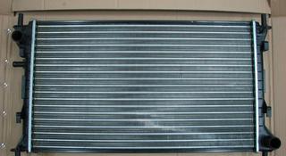Радиатор охлаждения на Ford Focus I за 14 000 тг. в Алматы