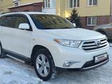 Toyota Highlander 2013 года за 10 500 000 тг. в Петропавловск
