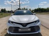 Toyota Camry 2018 года за 12 199 000 тг. в Костанай – фото 2