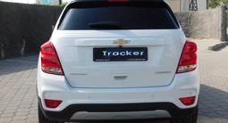 Chevrolet Tracker 2020 года за 7 790 000 тг. в Караганда – фото 5