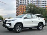 Toyota Fortuner 2021 года за 20 200 000 тг. в Алматы – фото 3