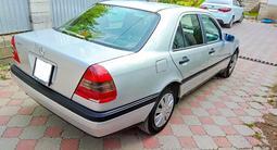 Mercedes-Benz C 200 1996 года за 1 800 000 тг. в Алматы – фото 3