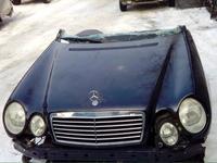 Капот на мерседес w210 за 65 000 тг. в Алматы