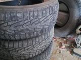 Зимние шины бу за 90 000 тг. в Актау – фото 2