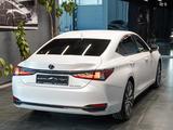 Lexus ES 250 2021 года за 25 500 000 тг. в Алматы – фото 4